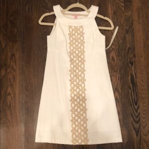 White lily pultizer dress with good detail